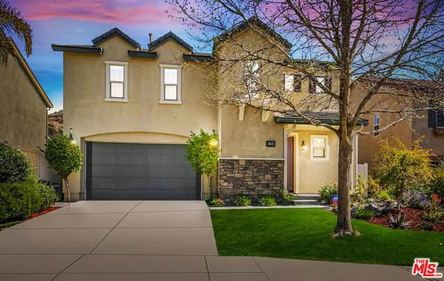 17154 Silk Tree Way, Santa Clarita, CA 91387 (MLS #21-713312) :: Zwemmer Realty Group