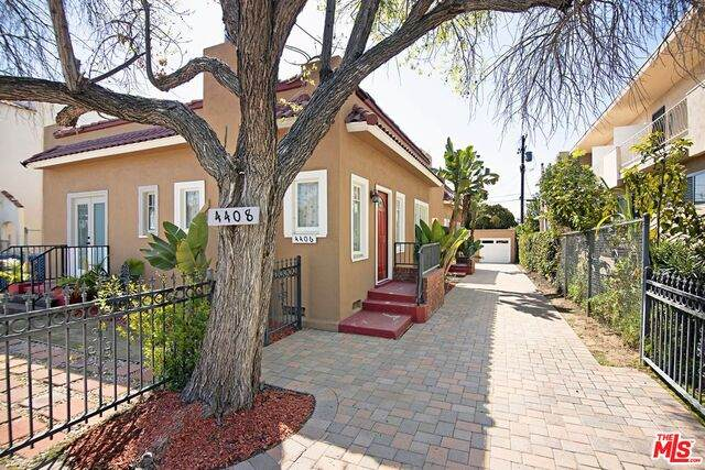 4406 Finley Ave, Los Angeles, CA 90027 (#21-713548) :: Compass