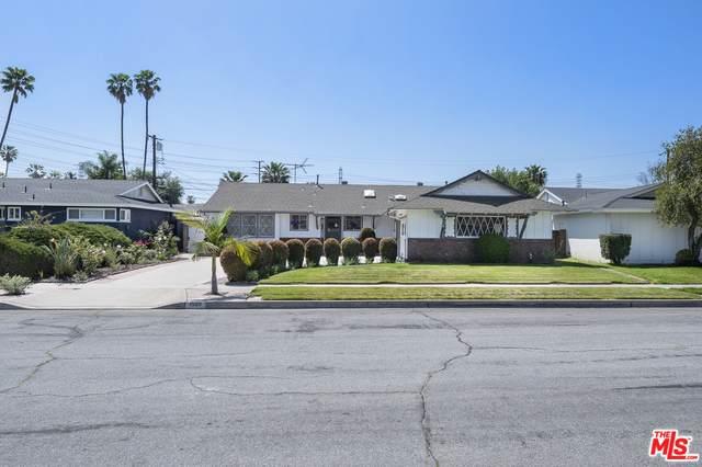 1520 W Harle Pl, Anaheim, CA 92802 (MLS #21-714826) :: The Jelmberg Team