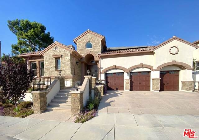 2025 Lonestar Way, Thousand Oaks, CA 91362 (#21-714936) :: Berkshire Hathaway HomeServices California Properties