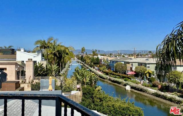 3003 Grand Canal - Photo 1