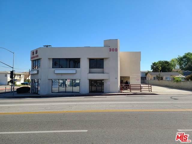 300 Garfield Ave - Photo 1