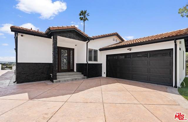 13128 Warren Ave, Los Angeles, CA 90066 (MLS #21-715650) :: The Jelmberg Team