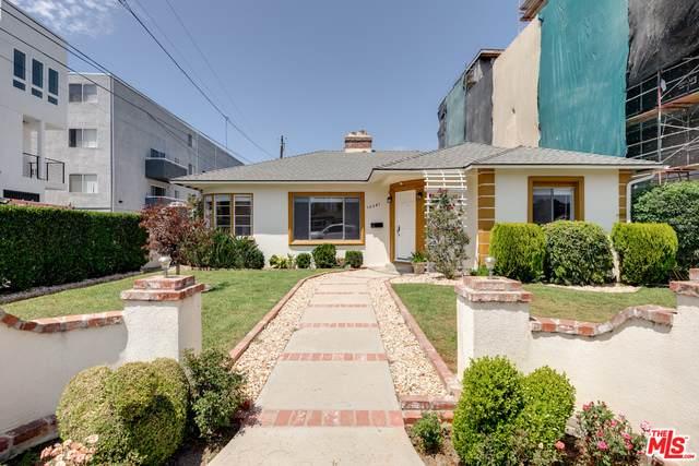 10541 Moorpark St, Toluca Lake, CA 91602 (#21-715796) :: Berkshire Hathaway HomeServices California Properties
