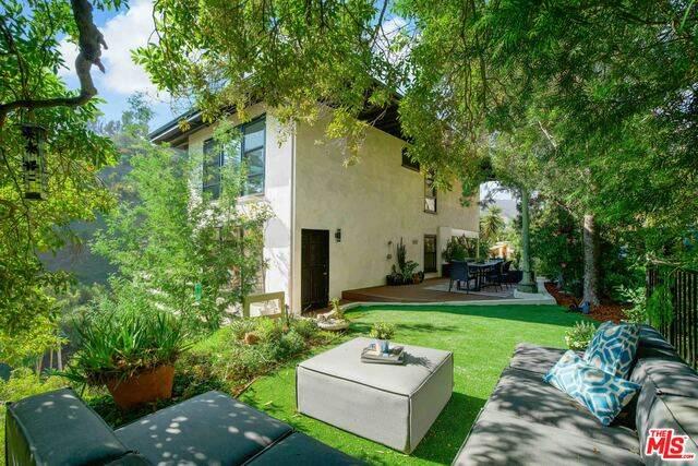 1311 Braeridge Dr, Beverly Hills, CA 90210 (#21-716220) :: TruLine Realty
