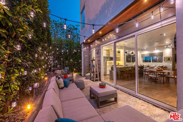 724-1/2 Lucile Ave, Los Angeles, CA 90026 (#21-717008) :: The Parsons Team