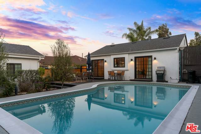 6017 W 76Th St, Los Angeles, CA 90045 (#21-717070) :: Amazing Grace Real Estate | Coldwell Banker Realty