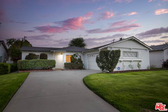 22938 Ingomar St, West Hills, CA 91304 (#21-717154) :: The Parsons Team