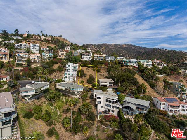 21415 Rambla Vista, Malibu, CA 90265 (MLS #21-717354) :: Zwemmer Realty Group