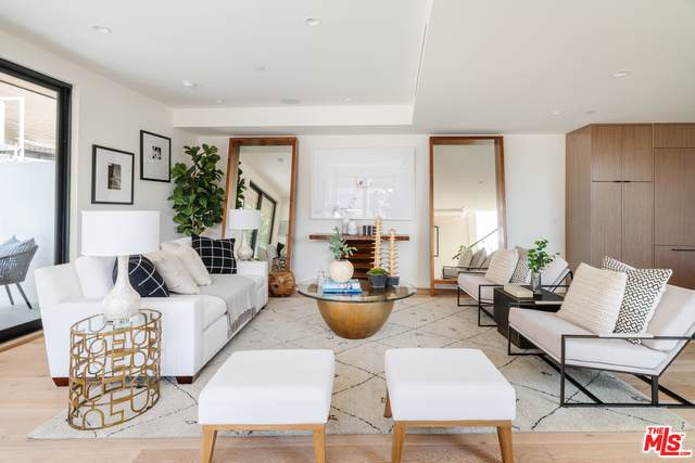 330 Rennie Ave #1, Venice, CA 90291 (MLS #21-717538) :: Mark Wise | Bennion Deville Homes