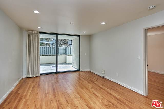 222 S Central Ave #112, Los Angeles, CA 90012 (#21-717654) :: The Grillo Group
