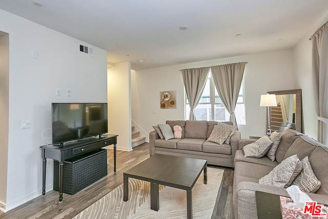 748 Colorado Cir, Carson, CA 90745 (#21-717992) :: Berkshire Hathaway HomeServices California Properties