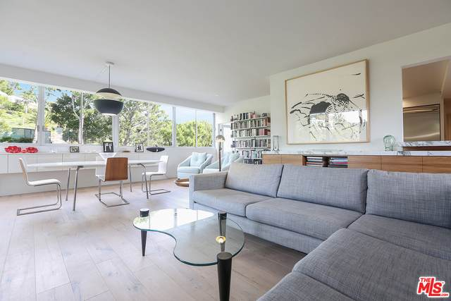 17352 W Sunset Blvd #301, Pacific Palisades, CA 90272 (MLS #21-719182) :: The John Jay Group - Bennion Deville Homes