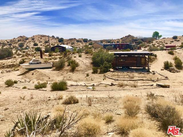 52131 Pipes Canyon Rd, Pioneertown, CA 92268 (#21-719584) :: The Pratt Group
