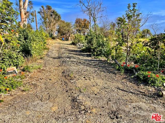 5961 Floris Heights Rd, Malibu, CA 90265 (#21-719722) :: Lydia Gable Realty Group