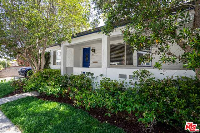 1772 Sunset Ave, Santa Monica, CA 90405 (#21-719816) :: The Parsons Team