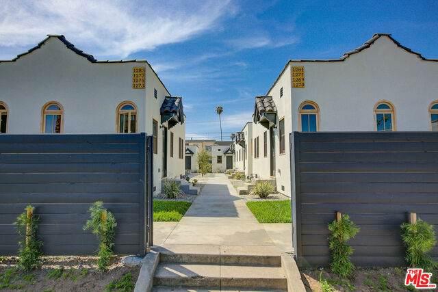 1269 4Th Ave, Los Angeles, CA 90019 (#21-719910) :: The Pratt Group