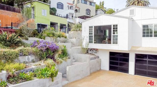 1910 Mayview Dr, Los Angeles, CA 90027 (#21-719946) :: Randy Plaice and Associates
