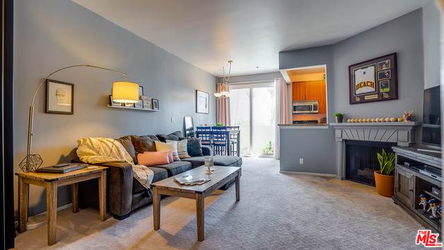 620 S Gramercy Pl #314, Los Angeles, CA 90005 (#21-721242) :: Lydia Gable Realty Group