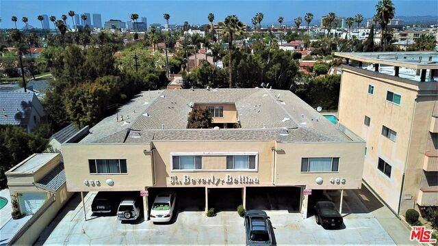 465 Le Doux Rd, Los Angeles, CA 90048 (#21-721886) :: The Pratt Group