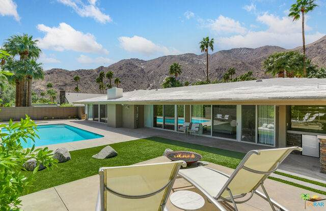 1166 N Vista Vespero, Palm Springs, CA 92262 (#21-722180) :: TruLine Realty