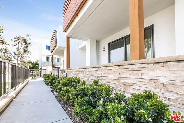 647 W 17Th St, Costa Mesa, CA 92627 (#21-722398) :: Randy Plaice and Associates