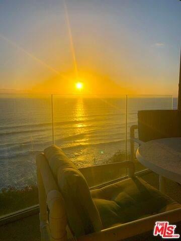 239 S Helix Ave #24, Solana Beach, CA 92075 (MLS #21-722422) :: Zwemmer Realty Group