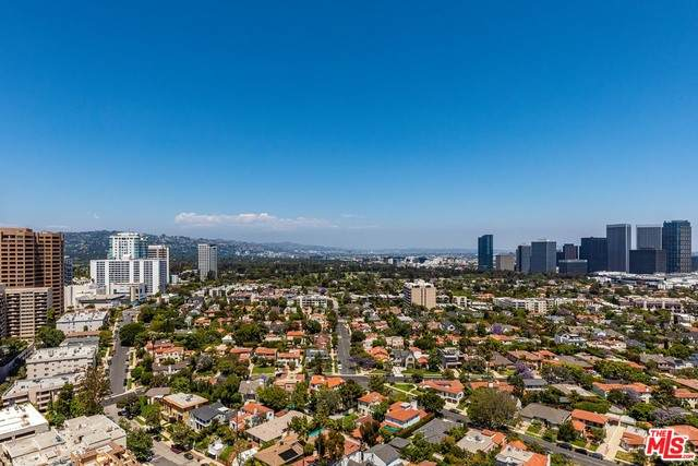 10580 Wilshire Blvd 6SE, Los Angeles, CA 90024 (#21-722604) :: Lydia Gable Realty Group