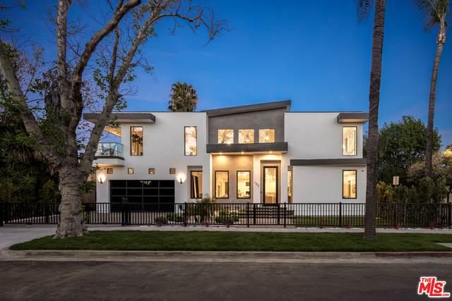 704 N Las Palmas Ave, Los Angeles, CA 90038 (#21-722614) :: Lydia Gable Realty Group