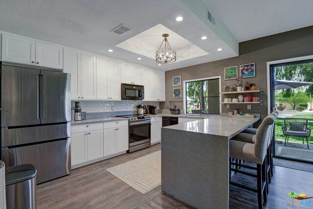 67342 Cumbres Ct, Cathedral City, CA 92234 (MLS #21-723644) :: The John Jay Group - Bennion Deville Homes