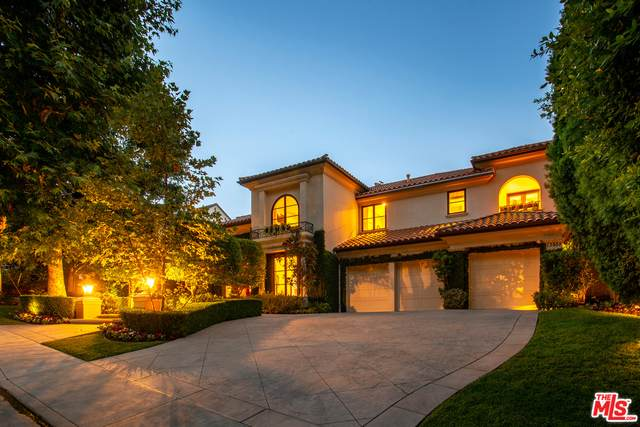 13955 Durham Rd, Beverly Hills, CA 90210 (#21-723848) :: Berkshire Hathaway HomeServices California Properties