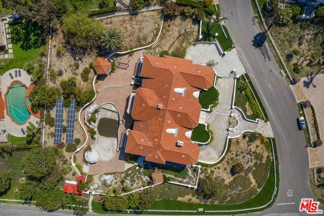 22819 Canyon View Rd, Diamond Bar, CA 91765 (MLS #21-724552) :: Hacienda Agency Inc