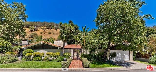 3570 Mandeville Canyon Rd - Photo 1
