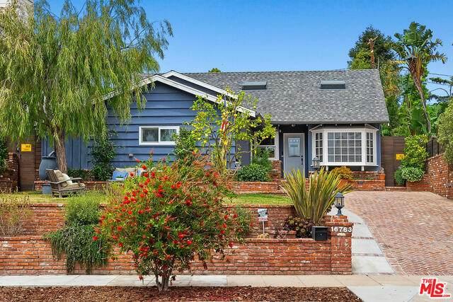 16763 Bollinger Dr, Pacific Palisades, CA 90272 (#21-724738) :: Berkshire Hathaway HomeServices California Properties