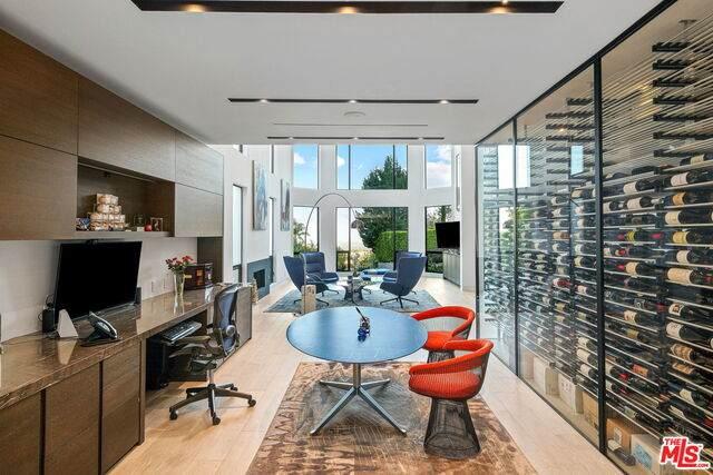 1463 Floresta Pl, Pacific Palisades, CA 90272 (#21-725712) :: Berkshire Hathaway HomeServices California Properties