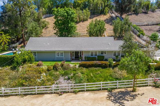 5626 Jed Smith Rd, Hidden Hills, CA 91302 (#21-726078) :: Berkshire Hathaway HomeServices California Properties