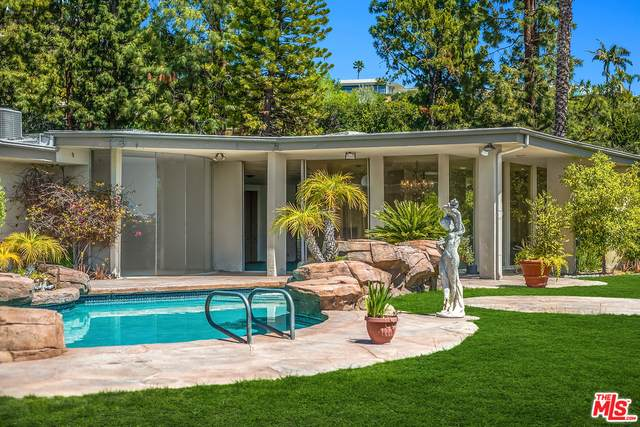 1705 Loma Vista Dr, Beverly Hills, CA 90210 (#21-726644) :: Berkshire Hathaway HomeServices California Properties