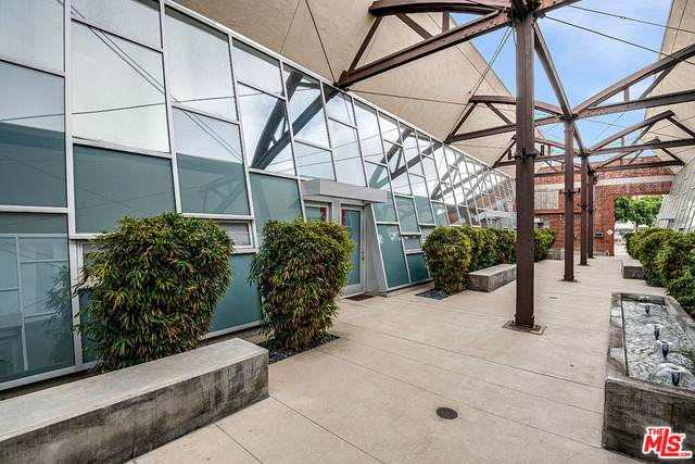 130 S Hewitt St #21, Los Angeles, CA 90012 (#21-726850) :: Lydia Gable Realty Group