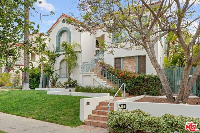 943 Lincoln Blvd F, Santa Monica, CA 90403 (#21-726936) :: Amazing Grace Real Estate | Coldwell Banker Realty