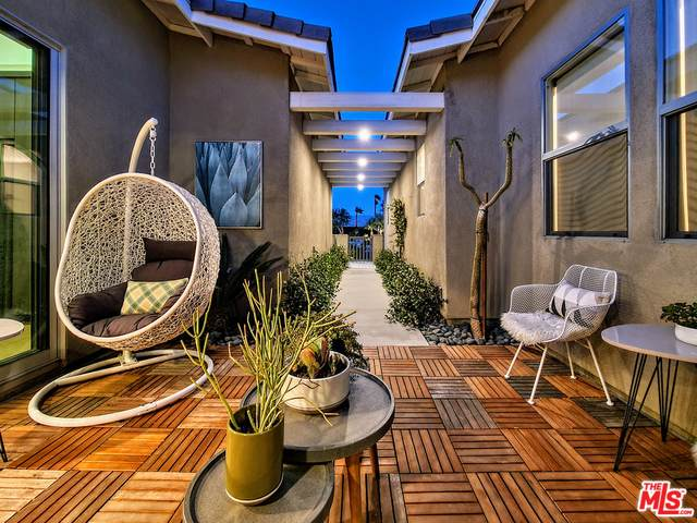 1295 Passage St, Palm Springs, CA 92262 (MLS #21-727514) :: The John Jay Group - Bennion Deville Homes
