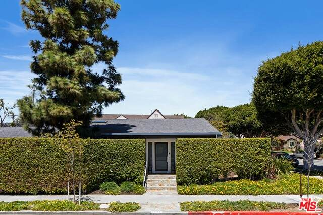 1643 Dewey St, Santa Monica, CA 90405 (#21-727758) :: Amazing Grace Real Estate | Coldwell Banker Realty