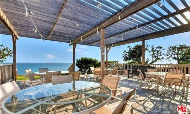 17368 W Sunset #403, Pacific Palisades, CA 90272 (#21-727782) :: Randy Plaice and Associates