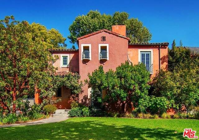 222 S Plymouth Blvd, Los Angeles, CA 90004 (#21-727916) :: Berkshire Hathaway HomeServices California Properties