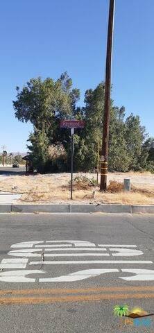 0 10 Acres Raymond Way Power Water, TWENTY-NINE PALMS, CA 92277 (#21-728078) :: The Pratt Group