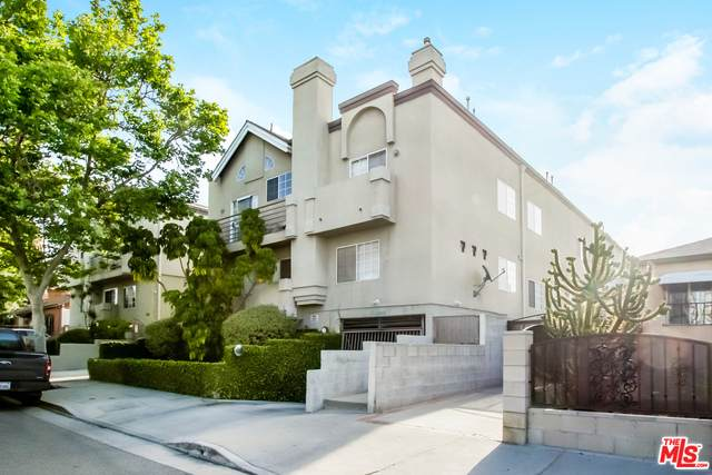 850 N Poinsettia Pl #5, Los Angeles, CA 90046 (#21-728112) :: Berkshire Hathaway HomeServices California Properties