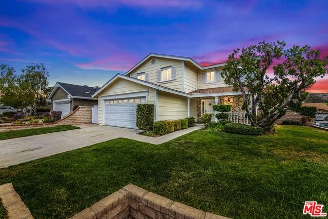 27660 Saffron Ln, Santa Clarita, CA 91350 (#21-728174) :: Montemayor & Associates