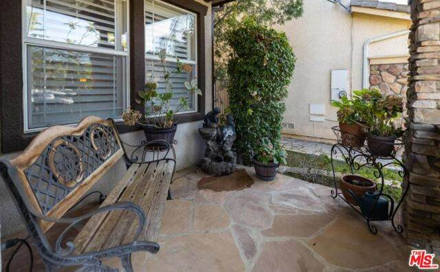 276 Galway Ln, Simi Valley, CA 93065 (#21-728268) :: Berkshire Hathaway HomeServices California Properties