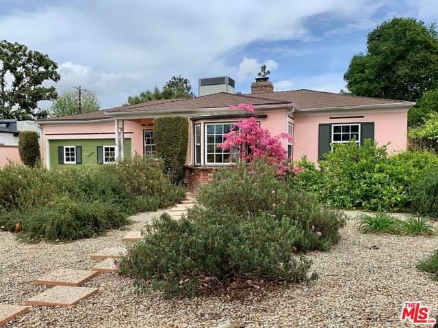 5050 Strohm Ave, North Hollywood, CA 91601 (#21-728674) :: Berkshire Hathaway HomeServices California Properties