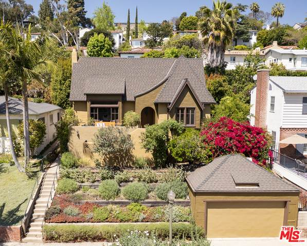 2241 W Silver Lake Dr, Los Angeles, CA 90039 (MLS #21-728818) :: Zwemmer Realty Group