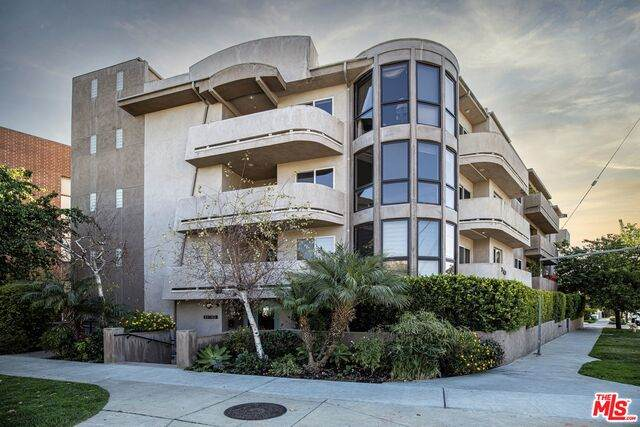 11766 W Sunset Blvd #302, Los Angeles, CA 90049 (#21-728964) :: Amazing Grace Real Estate | Coldwell Banker Realty